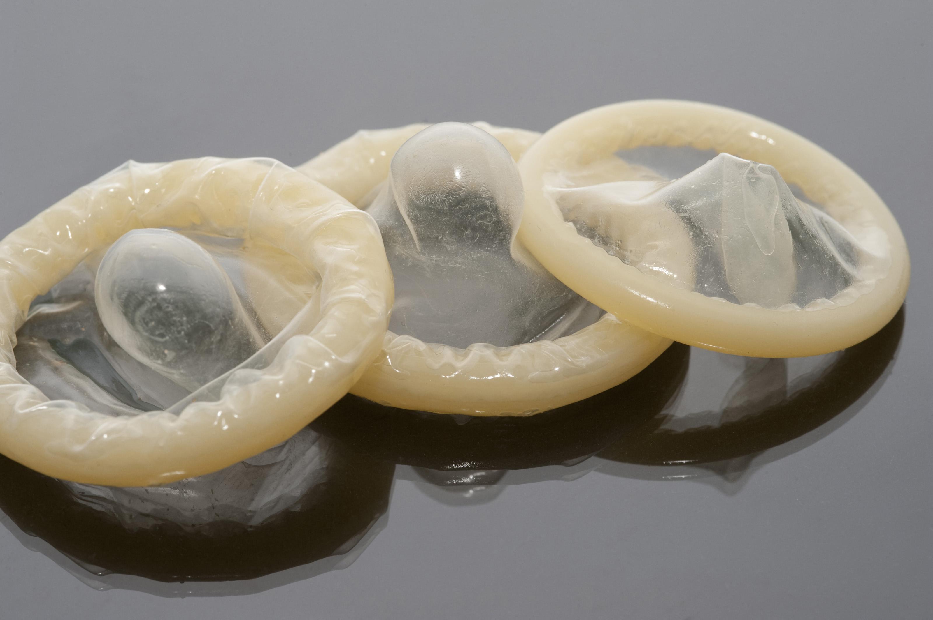 Сперма вытекает из киски, Из пизды вытекает сперма -видео. Смотреть из 14 фотография