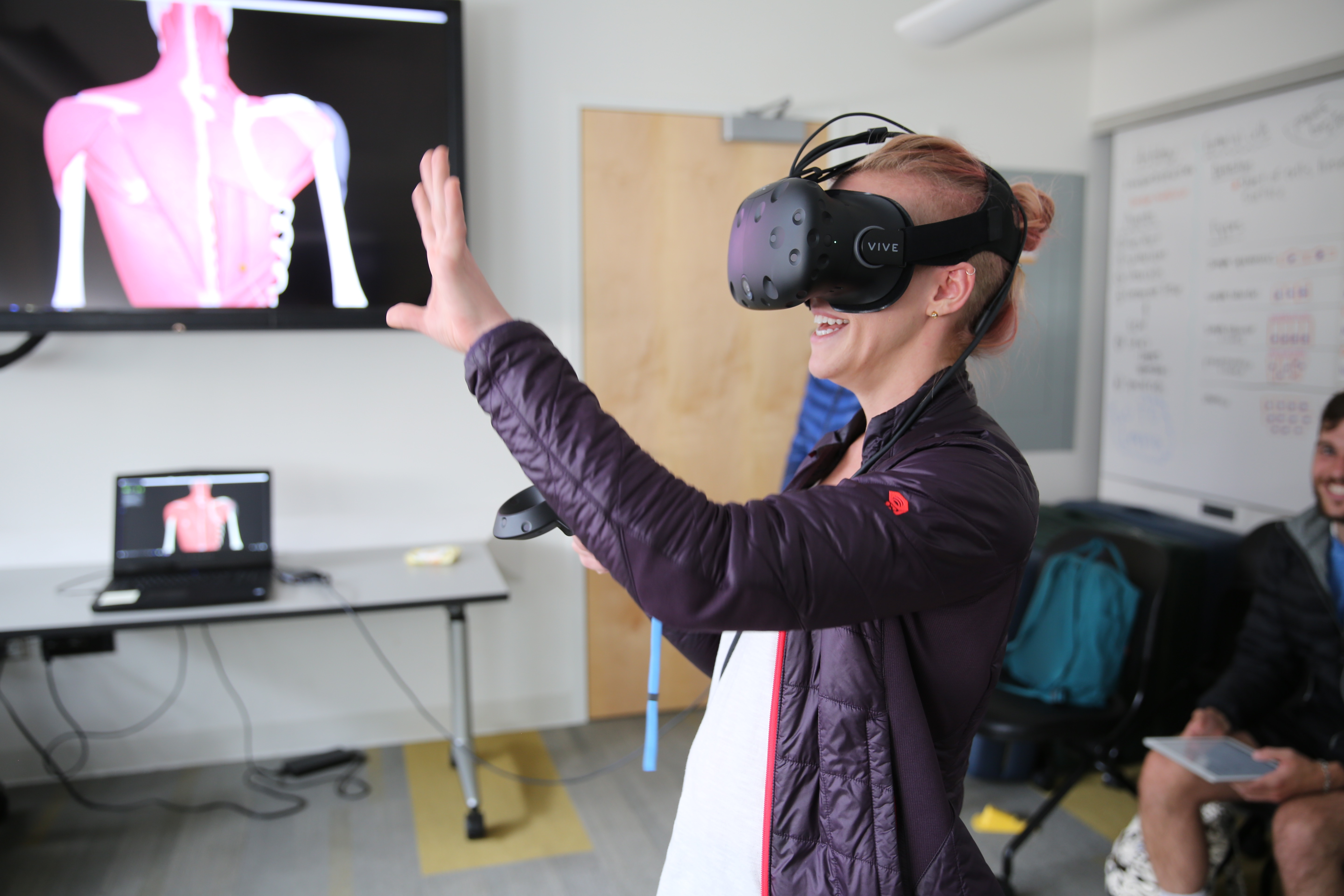 Can Virtual Reality Replace Anatomy Lab in Med School? | Faculty of ...